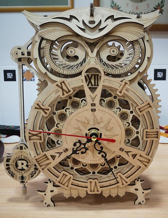 Buho Reloj